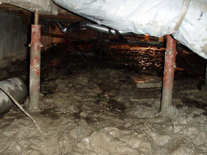 Repairing sagging floor joists girders in your crawl for Crawlspace foundation