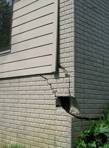 severe cracking of structural walls in Lexington